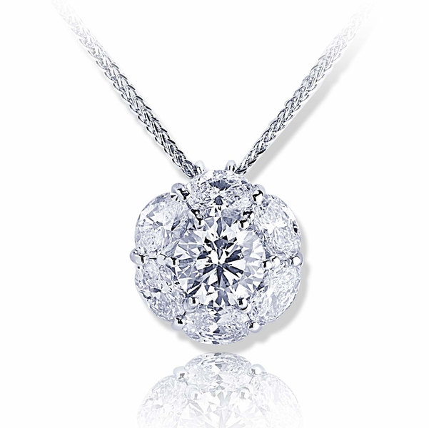1.73ct GIA certified round diamond surrounded by oval diamonds..jpg