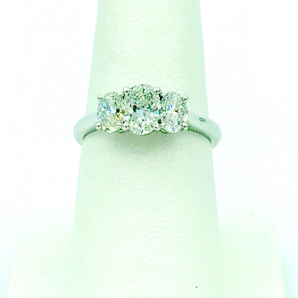three stone oval diamond engagement ring certified